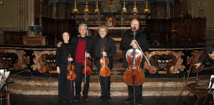 Il quartetto dello Ensemble Il Demetrio di Pavia. Da sinistra: Claudia Monti e Giambattista Pianezzola ai violini, Maurizio Schiavo alla viola e Daniele Bogni al violoncello