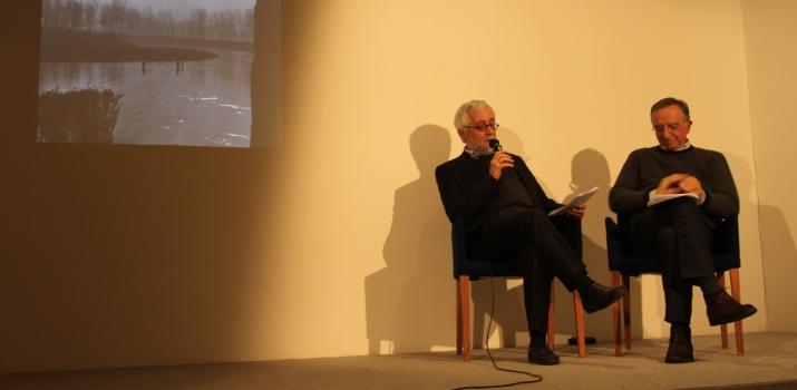 03/01/2015. Il direttore de «Il Cittadino» Ferruccio Pallavera con lo scrittore Andrea Maietti presentano un incontro dedicato al fotografo Valerio Sartorio