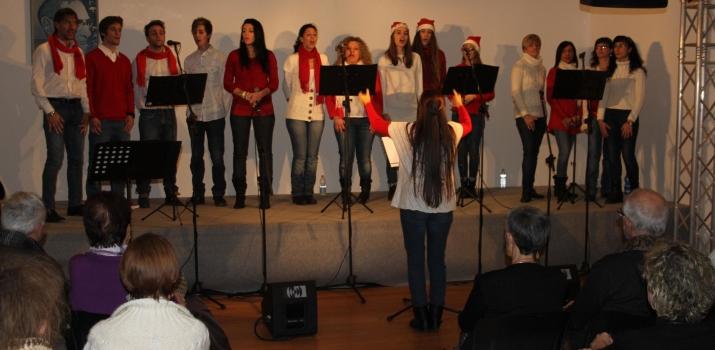 21/12/14. La sezione Adulti dell'Associazione Culturale «Il Ramo» in uno spettacolo sul Natale